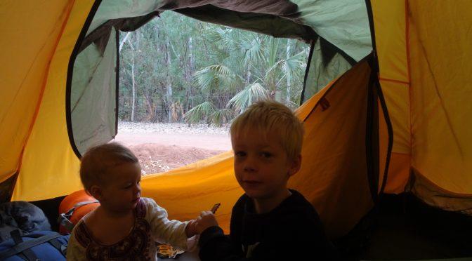 Jak wyglądają campingi w Australii? Ciekawe rozwiązania campingowe